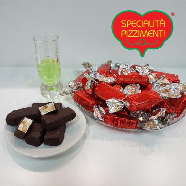 Torroncini di mandorla ricoperto di cioccolato fondente-0
