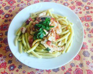 Ricetta Fileja al Bergamotto con Pesce Spada e Gamberetti