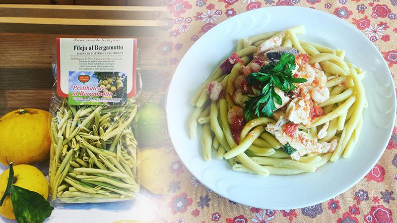 Ricetta Pasta Fileja al Bergamotto con Pesce Spada e Gamberetti